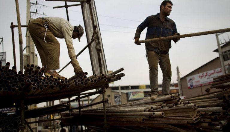 کدام کارگران کمک معیشت 100 هزار تومانی دریافت میکنند؟